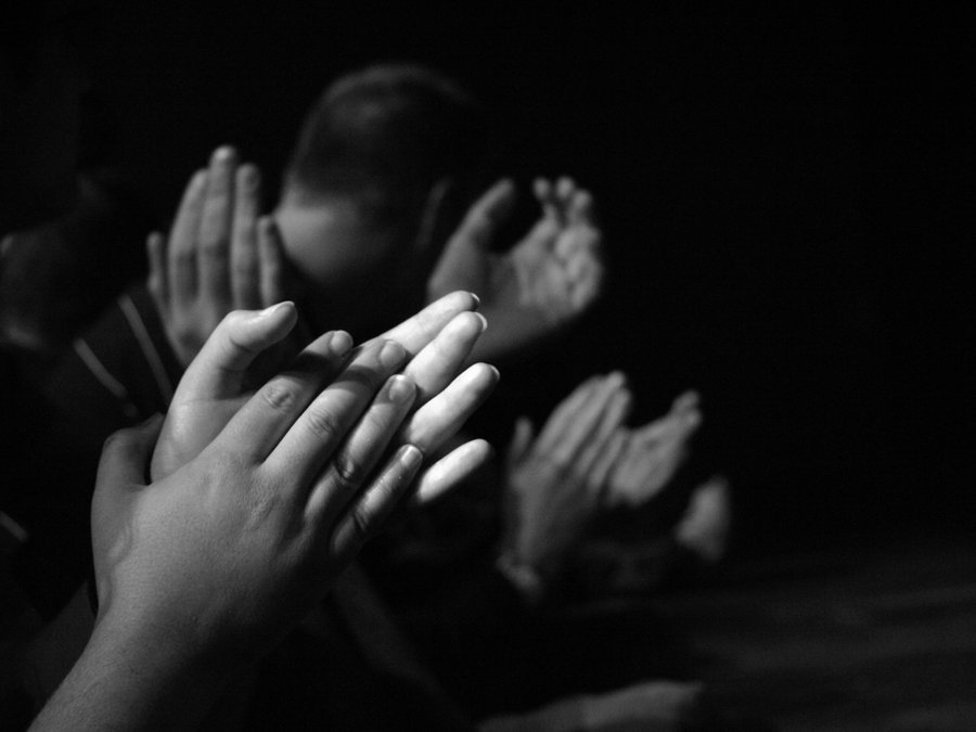 Clapping In Worship Take me to your best friends house so i can clap my hands. la vista church of christ